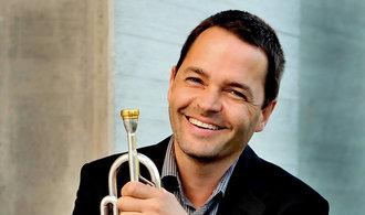 Vlastní jazyk hledají fotbalisté i hudebníci, míní legendární norský trumpetista Arve Henriksen