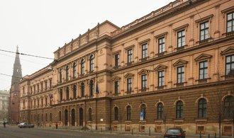 Kauza H-System: Lidé z Horoměřic se zatím stěhovat nemusí, Ústavní soud jim přiznal odklad