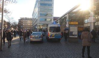 Policie evakuovala stanici metra Anděl, kvůli hlášení o výbušnině