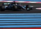 Hamilton zůstal odpoledne ve Francii na čele, Pérezovi upadlo kolo