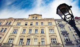 Politici využívají bytovou krizi. Strany před volbami nabízí nejrůznější řešení