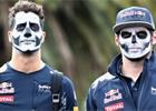 Fotogalerie: P��pravy na GP Mexika 2016 � u Red Bullu slavili D�a de Muertos