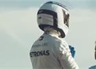 Mercedes si zkracuje letní přestávku vtipnými videi