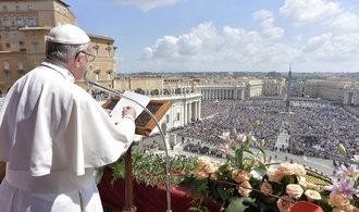 Papež chce bojovat proti náboženskému extremismu, v Káhiře povede Mši pro více jak 25 tisíc lidí