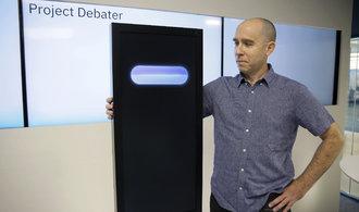 Umělá inteligence už dokáže soupeřit s lidmi i v debatování
