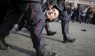 Komentář Michaela Romancova: Kreml nemá rád otázky