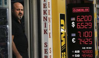 Chřadnoucímu Turecku mají pomoci stovky miliard katarských investic