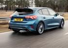 Ford Focus ST oficiálně: Je libo 280 benzinových, nebo 190 naftových koní?