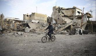 Rada bezpečnosti OSN schválila rezoluci o příměří v Sýrii. Klid zbraní má začít hned