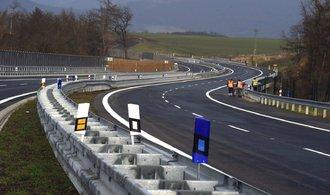 Na dopravní stavby půjde příští rok více peněz