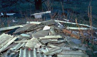 Úřad kvůli azbestu zastavil demoliční řízení developera JRD
