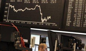 Index Dow Jones uzavřel na novém maximu, S&P 500 a Nasdaq klesly