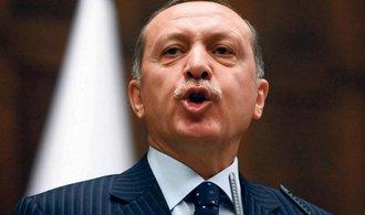 Erdogan ohl�sil roz���en� bojov�ch operac� v S�rii, Turecko pr� nem� jinou mo�nost