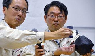 Japonsko potvrdilo úspěšné přistání robotů na asteroidu Ryugu