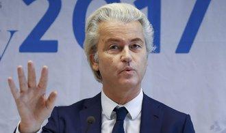 Wilders sklízí úspěch. S kampaní proti běžencům může vyhrát volby