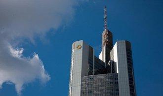 UniCredit projevila zájem o fúzi s Commerzbank