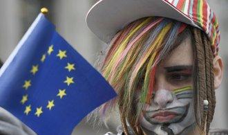 Komentář Igora Záruby: Brexit je jako vejce. Tvrdý, ale křehký