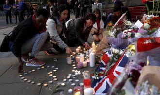 Britové po atentátu zadržují osm lidí, nalezeny byly i výbušniny