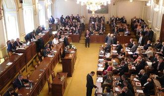 Sněmovna schválila omezení insolvencí, má zprůhlednit oddlužovací řízení