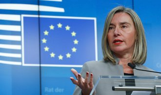 Do politické krize ve Venezuele se vkládá i EU. Uspořádejte svobodné volby, vyzývá Mogheriniová
