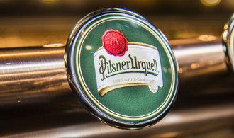 Nepovolte prodej Prazdroje, žádají Brusel plzeňští právovárečníci. S pivovarem se soudí o miliardy