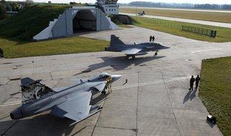 Senátoři odsouhlasili projekt společné vzdušné obrany se Slovenskem