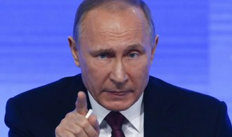 V Rusku se demonstruje proti Putinovi, policie zatýká po desítkách