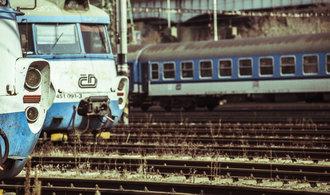 Legendární žabotlamy dožívají, v Praze dojíždí poslední tři. Prohlédněte si jejich hřbitov