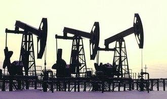 Bloomberg: Saúdové porušili desítky let platné tabu, využívají ropu jako diplomatickou zbraň