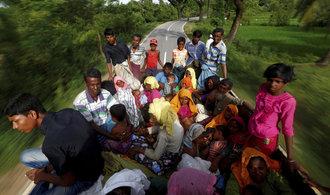 Čína se zapojila do barmské krize, představila své řešení migrace Rohingů
