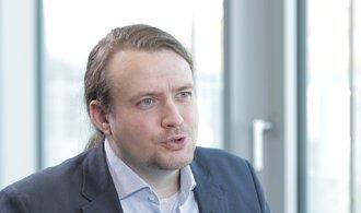 Historik Macháček: Nehodlám přistupovat na polarizaci společnosti, Zeman má rád diskuzi
