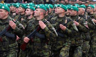 Armádu a policii čeká boj o nové lidi