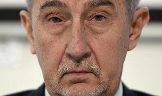 Komentář Bohumila Pečinky: Babišova Národní fronta