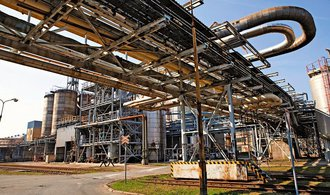 Holding Unipetrol díky stabilnímu provozu rafinérií zdvojnásobil svůj zisk