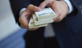Podnikatelé si pro peníze chodí hlavně do bank, ukazuje průzkum