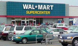 Největší světový maloobchodník hlásí citelný pokles zisku