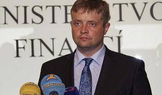 Hlavu šéfa finanční správy nechce jen Zaorálek. Přisazují si i další strany