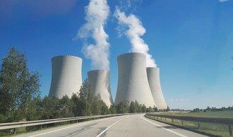 Výstavba nových jaderných bloků i podpora uhlí. Zemanův expertní tým se shodl na energetické vizi