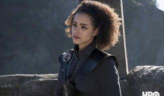 HBO má s Hrou o trůny rekordní sledovanost. Většina lidí ale novou sérii stejně sleduje nelegálně