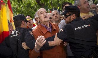 Katalánci se šikují k dalším protestům za nezávislost. Tentokrát v Bruselu
