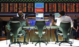 Akcie v USA prudce klesly, Dow Jones ztratil přes dvě procenta
