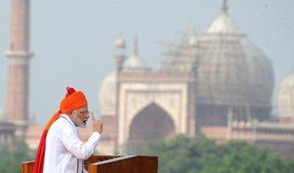 Indové míří do vesmíru. První kosmonauty země vyšle v roce 2022, řekl premiér Módí