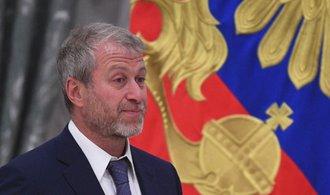 Švýcarská policie podezřívá ruského oligarchu Abramoviče z praní špinavých peněz