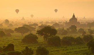 Obchody mezi Českem a Barmou rostou. Především díky dovozu oděvů