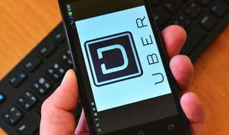 Primární nabídka ocení Uber na 120 miliard dolarů, odhadují banky. Firma by měla vyšší hodnotu než GM