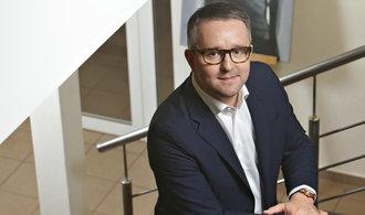 Rusňák prodává třetinu DRFG, jedním z kupců je bývalý top manažer Home Creditu