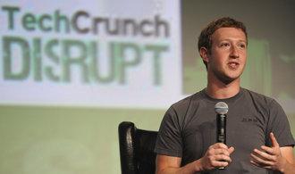 Facebook čelí vyšetřování kvůli zneužití dat ve volebních kampaních, vysvětlení žádá i Jourová