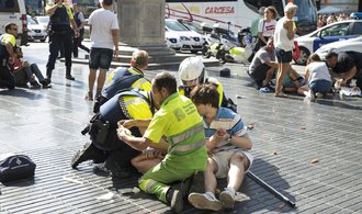 Španělsko postupně rozkrývá teroristickou buňku. Země se vzpamatovává z útoků