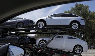 """""""Tesla míří do záhuby"""". Bývalý viceprezident General Motors značce nevěří"""