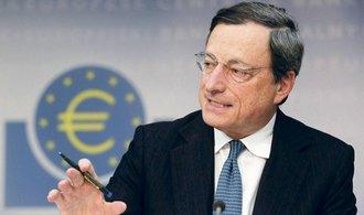 Draghi: ECB musí stále bojovat s nepochopením, její měnová politika je ale úspěšná